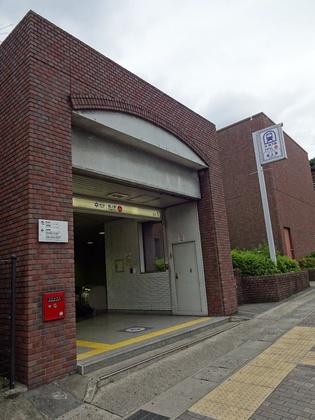 地下鉄東西線 (4).JPG